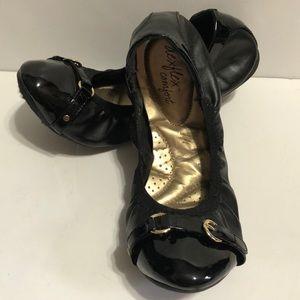 dexflex Comfort Scrunch Flats in Black